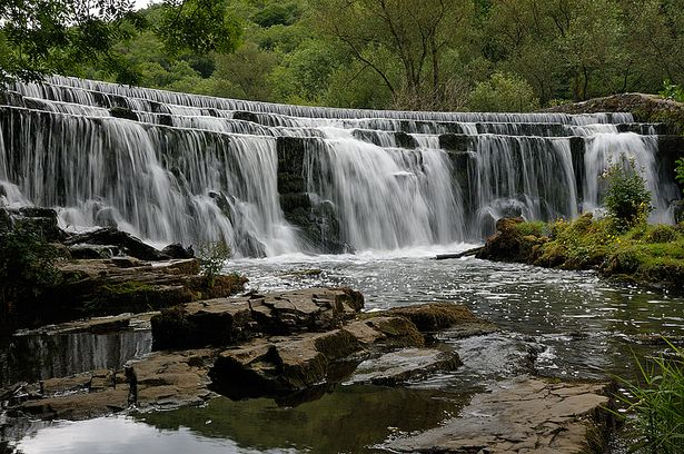 Where to go to see a beautiful waterfall within 70 miles of Leicester